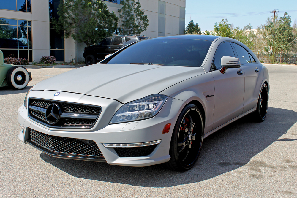 White On Black Mercedes Benz W211 E55 further 16 likewise 2017 Mercedes Amg S63 Cabriolet First Drive further Mercedes Benz Cls in addition 70 712. on 2010 mercedes e350 white