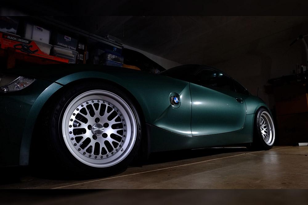 Fir Tree Green Metallic Z4 M Coupe Wrapfolio